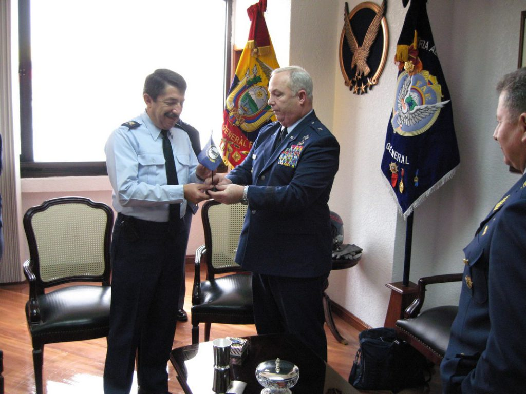 Presenting Ecuadorian Air Force Chief of Staff with Kentucky Flag